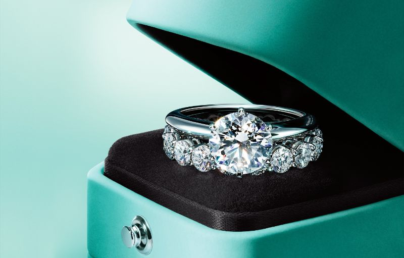 TOP 10 Most Luxurious Jewelry Brands - Part 1 jewelry brand TOP 10 Most Luxurious Jewelry Brands – Part 1 Tiffany