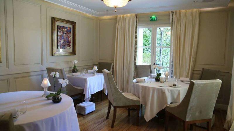 Top 5 Most Luxury Restaurants in Cannes luxury restaurant Top 5 Most Luxury Restaurants in Cannes Villa Archange1