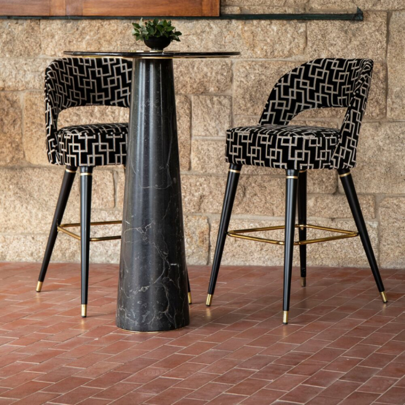 10 Luxury Bar Tables For Your Private Home Bar bar table 10 Luxury Bar Tables For Your Private Home Bar Bertoia BarTable EssentialHome 5  1