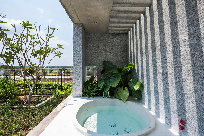 10 Exquisite Interior Design Projects In Ho Chi Minh interior design project 10 Exquisite Interior Design Projects In Ho Chi Minh binh house 20pic15  Bathroom OKI 1