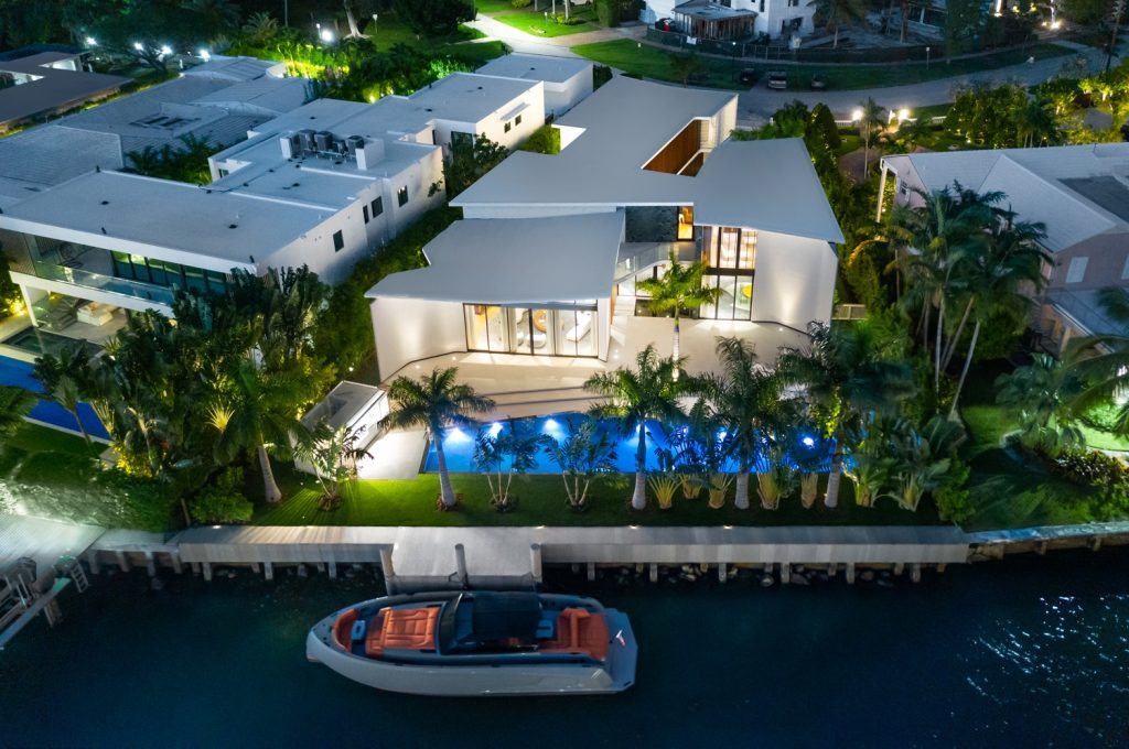 Luxury House In Miami Beach That Is Everyone's Dream luxury house Luxury House In Miami Beach That Is Everyone's Dream Luxury House In Miami Beach That Is Everyones Dream 4 1024x680