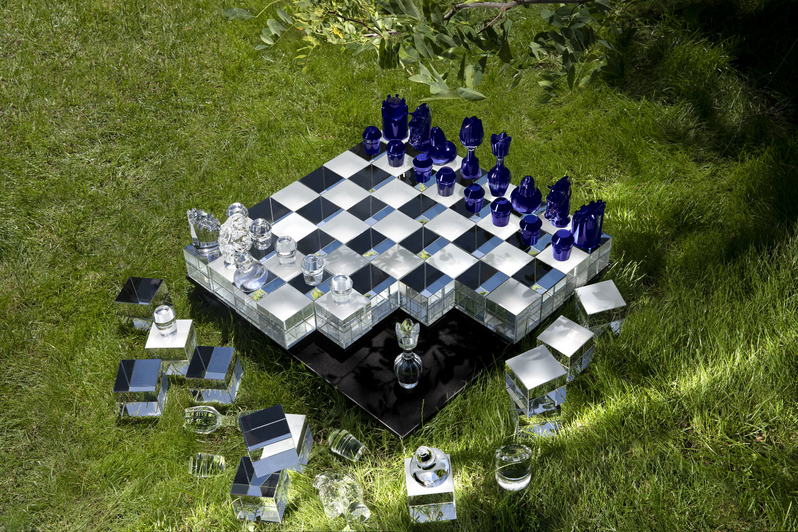 Chess Game Made Out Of Crystal For A Millionaire chess game Chess Game Made Out Of Crystal For A Millionaire Session Sans Titre0499 copie
